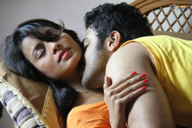 Kumari-Mallika-Telugu-Movie-Hot-Stills-12